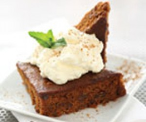 Newfoundland Molasses Raisin Cake